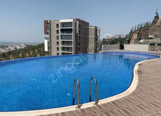 İZMİR KÖRFEZ EVLERİ SATILIK PANAROMİK MANZARALI 2+1 SIFIR DAİRE - Yüzme Havuzu