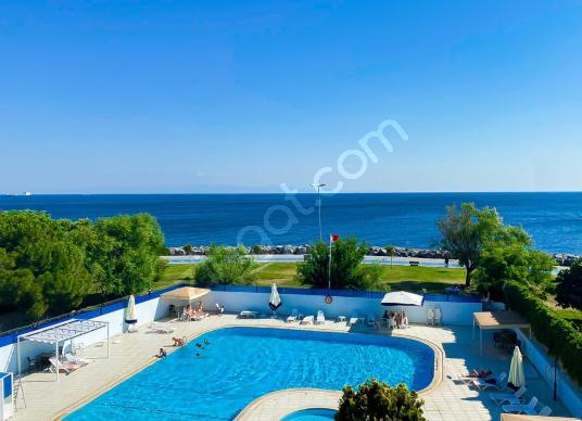 Green House'dan, Yeşilköy'de, Havuzlu Site'de, 2+1, 118m, FIRSAT - Yüzme Havuzu