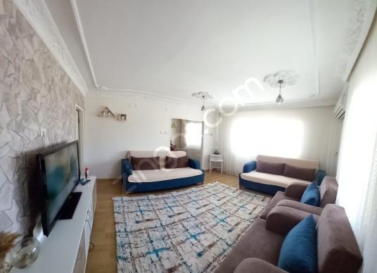 Çiğli Evka-2 Teras Evlerde Satılık 3+1 Bakımlı Daire - Yatak Odası