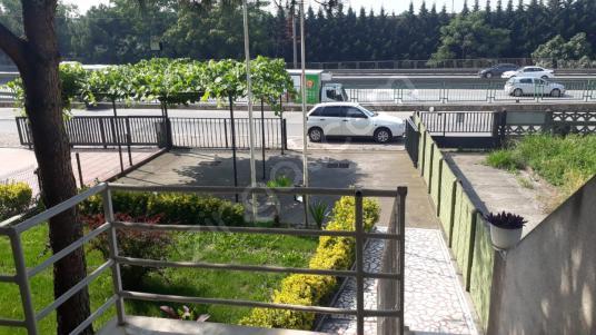 Müstakil bahçeli, otoparklı, 2 katlı ofis kiralıktır. - Balkon - Teras