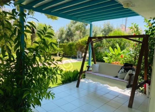 Kuşadası Davutlar'da Kiralık Villa Eylül ayında - Bahçe