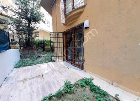 Küçükyalı Aydınevler Metroya Yakın Bahçeli Yeni Bina - Balkon - Teras