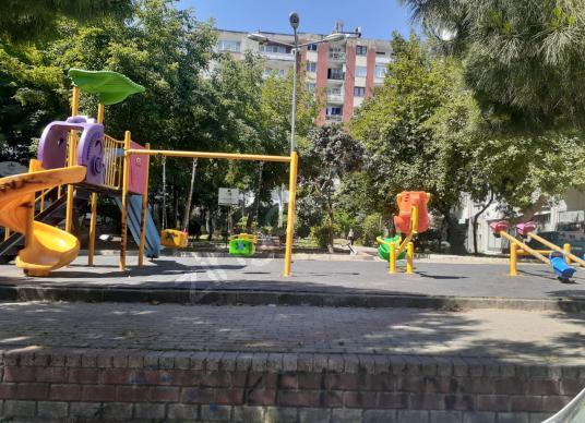 YEŞİLYURT ZAİMAĞA CADDESİ 2+1 100m2 BAHÇELİ DOĞALGAZLI DAİRE - Çocuk Oyun Alanı
