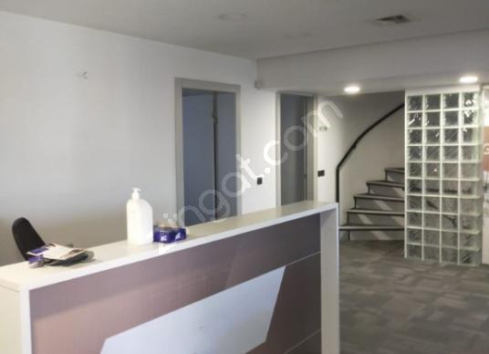 Triplex Office on Barbaros Boulevard/Barbaros Bul. Triplex İşyer - Salon