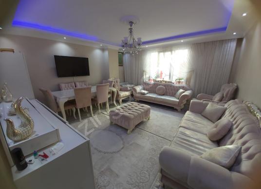 PUSULA İNŞATTAN CEBECİ MAH CADEYE COK YAKIN 110M2 SUPER DAİRE - Salon