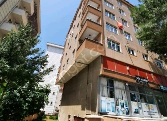 Kartal Karlıktepe'de3+1 kombili Satılık Daire 570,000tl - Dış Cephe