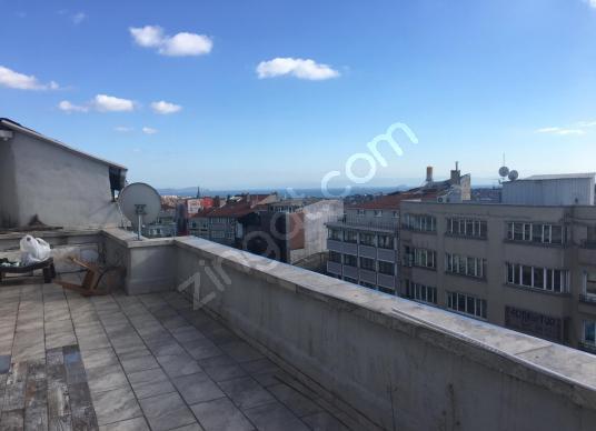 FATİH FEVZİPAŞA CADDESİ ÜZERİNDE DENİZ VE ADALAR MANZARALI !! - Balkon - Teras