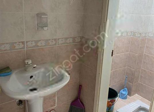 ARİFİYE NEVİYE MAHALLESİNDE GENİŞ DAİRE - Banyo
