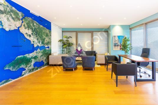 Zorlu Center da Satılık 400m2 Kiracılı Yatırımlık Bahçeli Ofis - Salon