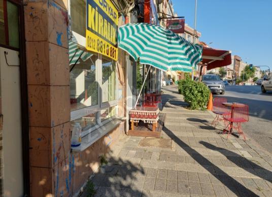 Üsküdar Ahmediye'de Kiralık Dükkan / Mağaza - Sokak Cadde Görünümü