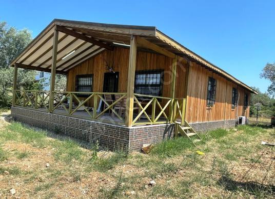 Urla Altıntaşta satılık müstakil 150 m2 3+1 ahşap bungalov ev - Dış Cephe