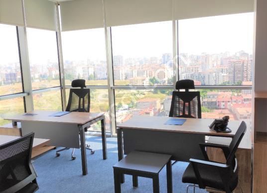Mobilyalı Kiralık Ofis Göztepe E-5 yanı, Metro Çıkışında - Salon