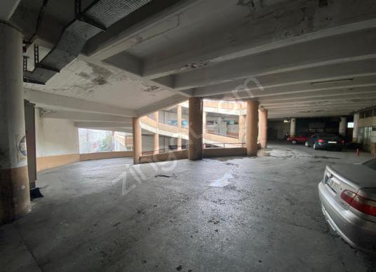 Topçularda Site İçerisinde 300 M2 Kiralık İşyeri - Salon