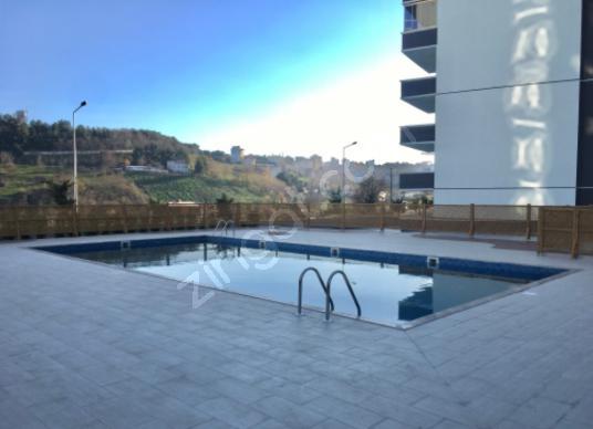 KALKANCA VADİ SAMSUN EVLERİNDE 2+1 SATILIK DAİRE - Yüzme Havuzu