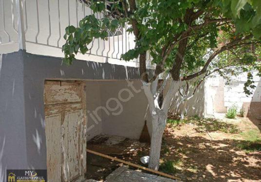 İSTİKLAL MAHALLESİNDE 3+1 187 m2 MÜSTAKİL EV SATILIKTIR - Bahçe