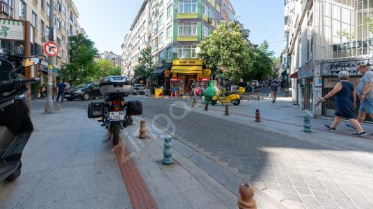 Kadıköy Kadife Sokakta, Yatırımlık, İçi Yapılı, Satılık 2+1! - Sokak Cadde Görünümü
