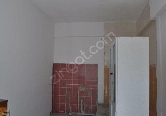 Yatağan Pazar Yerinde Satılık Depo Dahil 110 m2 Dükkan - Banyo