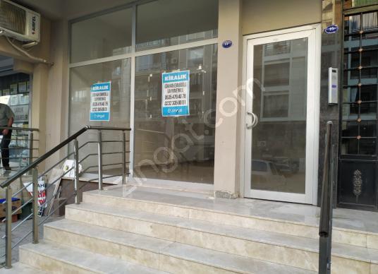 MERKEZİ KONUMDA 73 M SIFIR BAHÇELİ İŞYERİ - Balkon - Teras