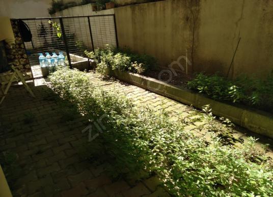 Gaziosmanpaşa Karlıtepe Satılık Bahçeli Daire 2+1 75m2 UYGUN'DAN - Bahçe