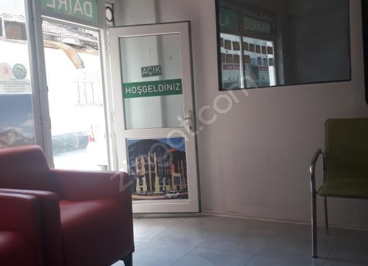 İnegöl Cuma'da Satılık Ev Ofis - Salon