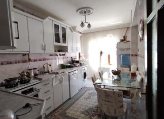 ELİF EMLAKTAN NAİLBEY MAHALLESİNDE 175 M2 SATILIK DAİRE - Mutfak
