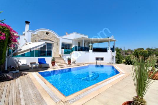 Bodrum Yahşi'de Denize Yakın Deniz Manzaralı Havuzlu Villa - Yüzme Havuzu