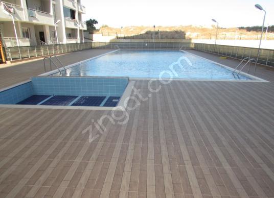 İSKANLI!YÜZME HAVUZLU!KAPALI OTOPARKLI!1+1 CAZİP LÜKS LOFT DAİRE - Yüzme Havuzu
