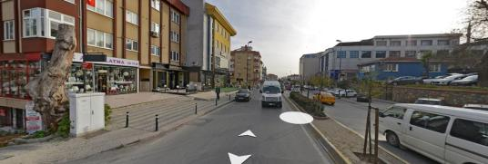 Üsküdar bulgurlu metrosuna yürüme mesafesinde 3+1 - Sokak Cadde Görünümü