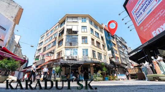 KADIKÖY'DE KİRACILI SATILIK 2+1 - Sokak Cadde Görünümü
