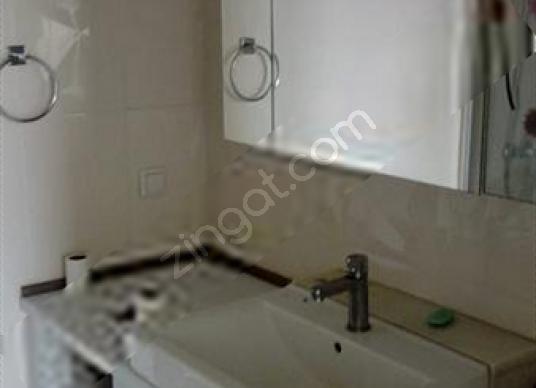 EMLAK KONUT KİRALIK 3+1 DAİRE - Banyo