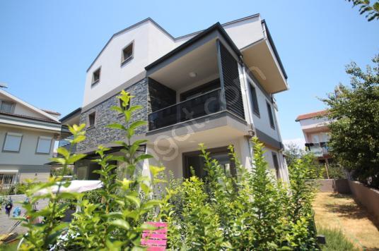 GHouse dan Satılık Fethiye de 188 M2 4+1 İkiz Villa Fırsat - Dış Cephe