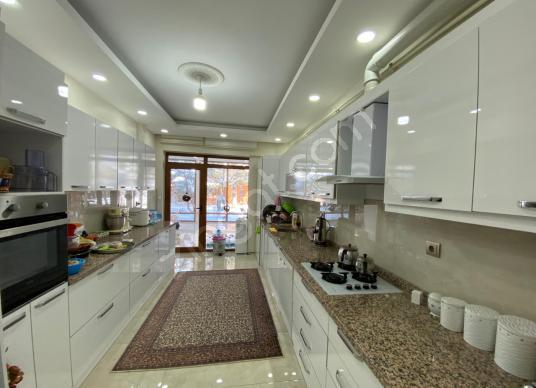 KD- 110 TURGEM ZEREN'DEN  ŞEHİR MANZARALI ULTRA LÜKS VİLLA - Mutfak