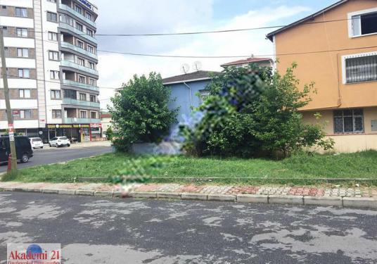 302 square meters Commercially Zoned For Rent in Sultanbeyli, İstanbul - Sokak Cadde Görünümü