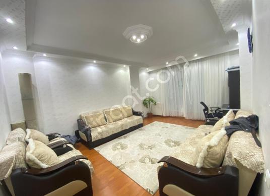 HOME'DEN İSMETPAŞA MAH'DE SATILIK 4+2 200M² MÜKEMMEL DUBLEX - Salon
