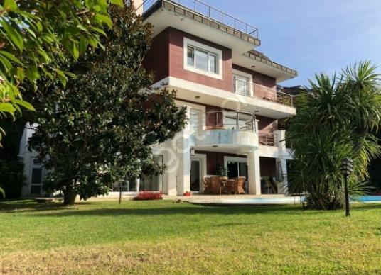 Beykoz Acarlar'da Kiralık Villa ACARKENTTE yıllığı peşin 85000TL - Dış Cephe