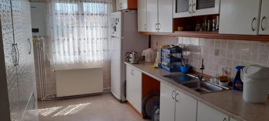 CAMİKEBİR SATILIK 3+1 FUL EŞYALI KAPALI MUTFAK DAİRE 140,m2 - Mutfak
