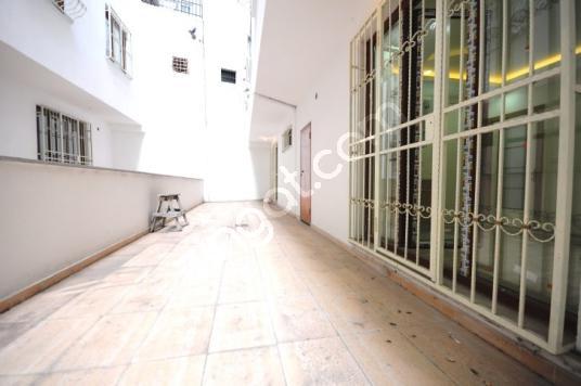 Next House'dan, Bahçelievler Devlet Hastanesine Yakın 1+1 Fırsat - Salon