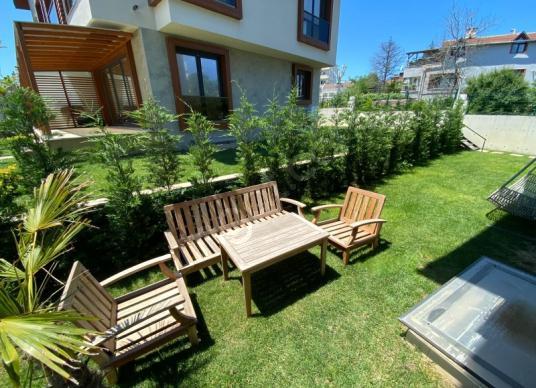 Kilyos suncity2 de 4 katlı eşyalı fourlex satılık villa - Site İçi Görünüm