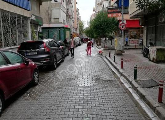 Alaybey'de Kiralık 2+1 Son Kat Daire - Sokak Cadde Görünümü