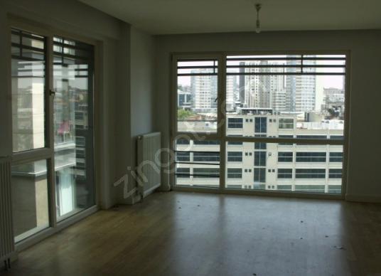 Bağcılar Güneşli Vegüneşli residence çift cephe yüksek kat 1+1 - Balkon - Teras