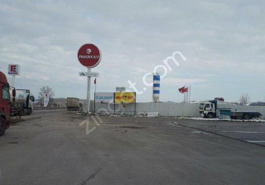 Bursa Izmir yolu karapürçek mevkiinde Kiralik Dinlenme tesisi.. - Sokak Cadde Görünümü