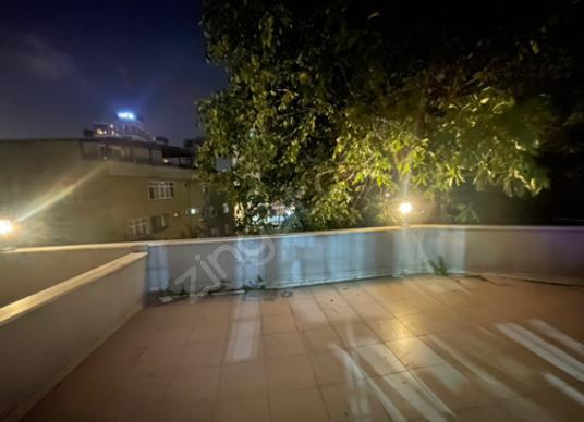 Kağıthane Çağlayan'da Satılık 3+1 135m2 artı 80 m2 BAHÇELİ Daire - Balkon - Teras