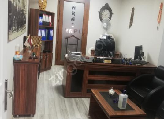 Karşıyaka alaybeyde satılık ofis - Salon