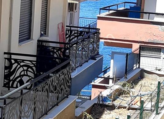 Dikili Gazipaşa'da Gunluk Kiralık Daire - Balkon - Teras