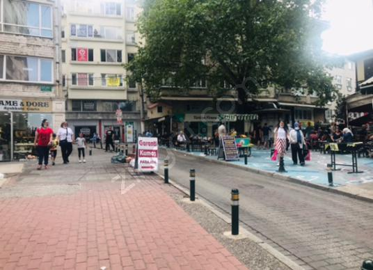 İDENOVA'dan HEYKELDE DEVREN KİRALIK BÜFE - Sokak Cadde Görünümü