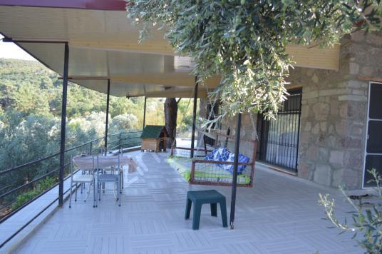 DİKİLİ KOCAOBA'DA SATILIK TAŞ EV - Balkon - Teras