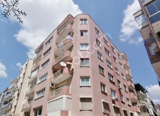 Balçova Eğitim Mahallesinde 3+1 Asansörlü Satılık Daire - Dış Cephe