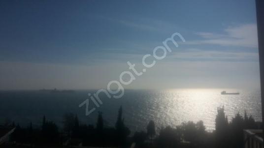 Beylikdüzü Sahil'de Denize Sıfır Sitede Kiralık Villa Nazar'dan - Manzara