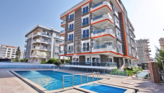 Konyaaltı Hurma'da 2+1 Eşyalı Satılık Daire - Yüzme Havuzu