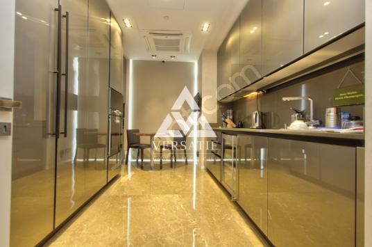 Maçka Armani Residence Satılık Boğaz Manzaralı 262m2 Lüks 3,5+1 - Antre Hol